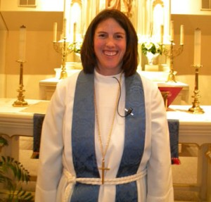 2012-12-07_pastor_holly